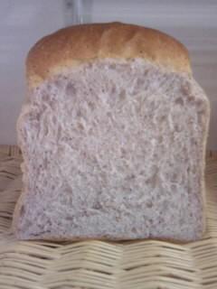 黒米粉末食パン.JPG